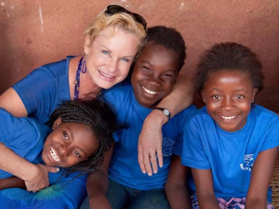 Mama Heidi with her Mozambican children